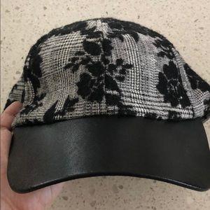 Kensie baseball cap